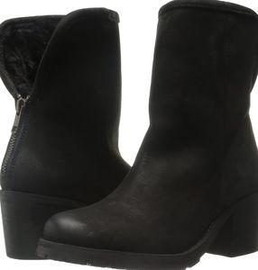 Steven Nubuck boots